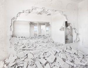 Laurent Cammal, Monochrome II, 2013, courtesy Galerie Binome édition de 5 (+2EA) - 85x110 cm tirage jet d'encre pigmentaire sur papier Baryta Hahnemühle